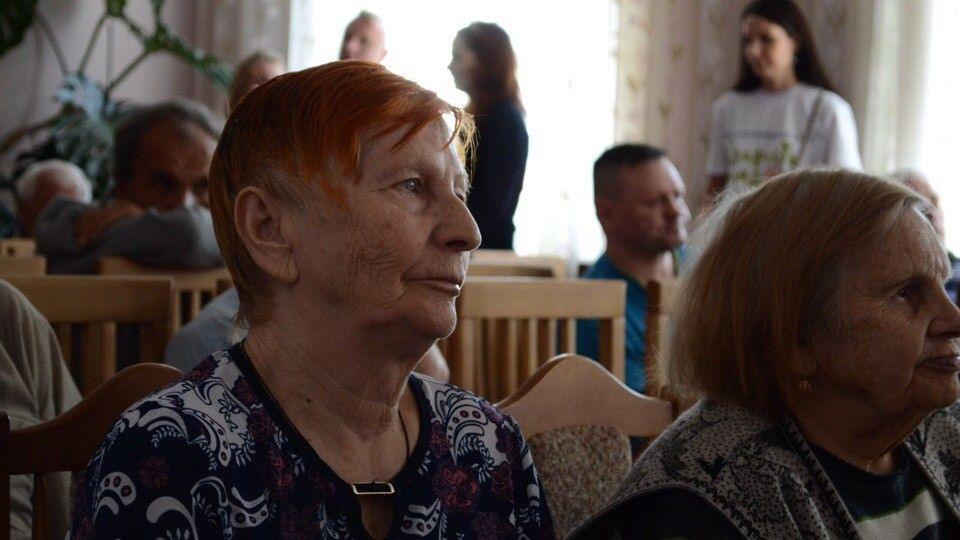 Волонтер спб в дом престарелых мелеуз дом престарелых