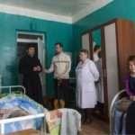 В этой палате в Арье гардероб есть, давайте подарим гардероб и жителям соседней палаты