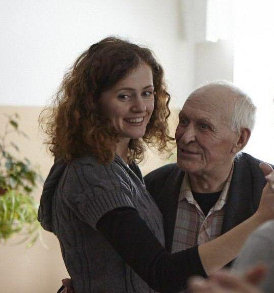 Анна хатеева дом престарелых лфк после перелом шейки бедра