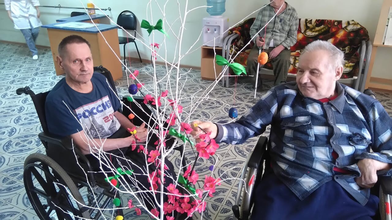Сбегает из дома престарелых работа в англии дома для престарелых