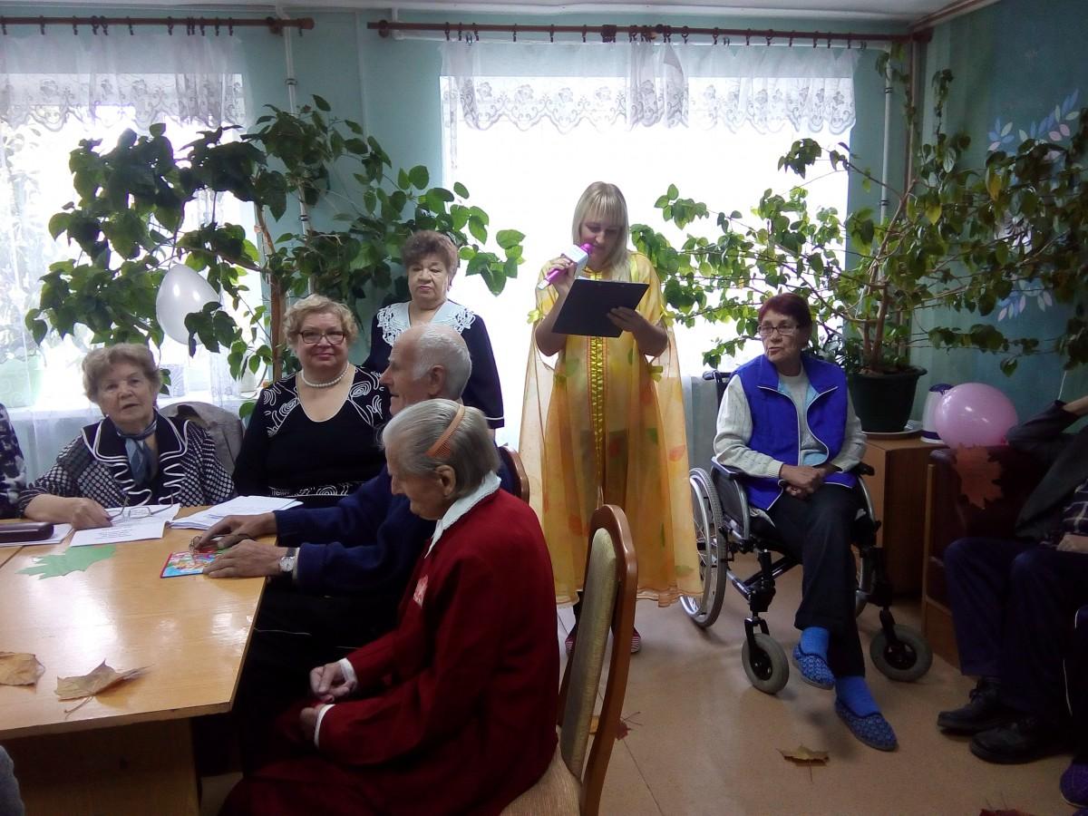 Интернат для престарелых в великих луках дом престарелых платный московская область